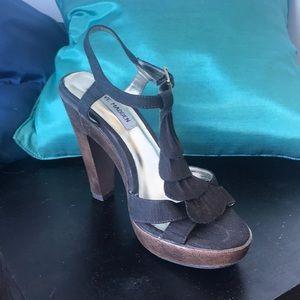 Steve Madden gently worn brown sandals
